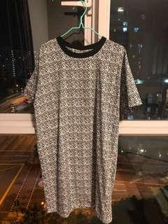 Patterned comfy dress