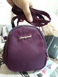 3 zipper sling bag color maroon