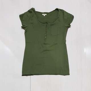 Kaos hijau dewasa merk et cetera