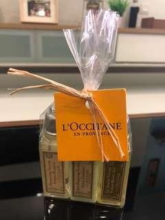 Loccitane shampoo travel set