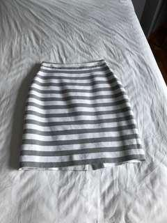 Kate spade skirt (size 4, hardly worn, heavily discounted)
