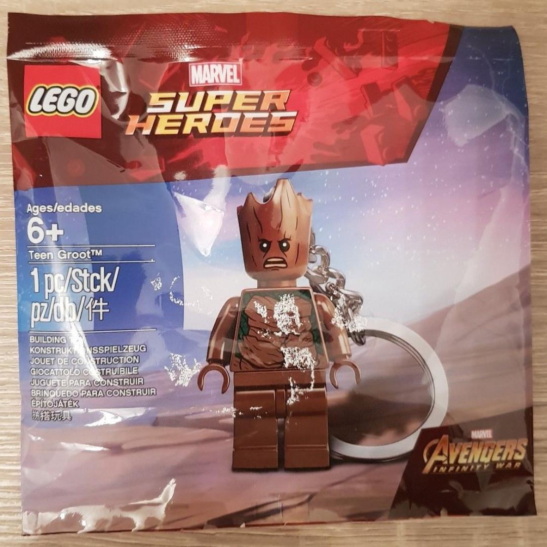 Marvel Super Heroes Avengers Lego Minifigure Teen Groot Keychain NEW
