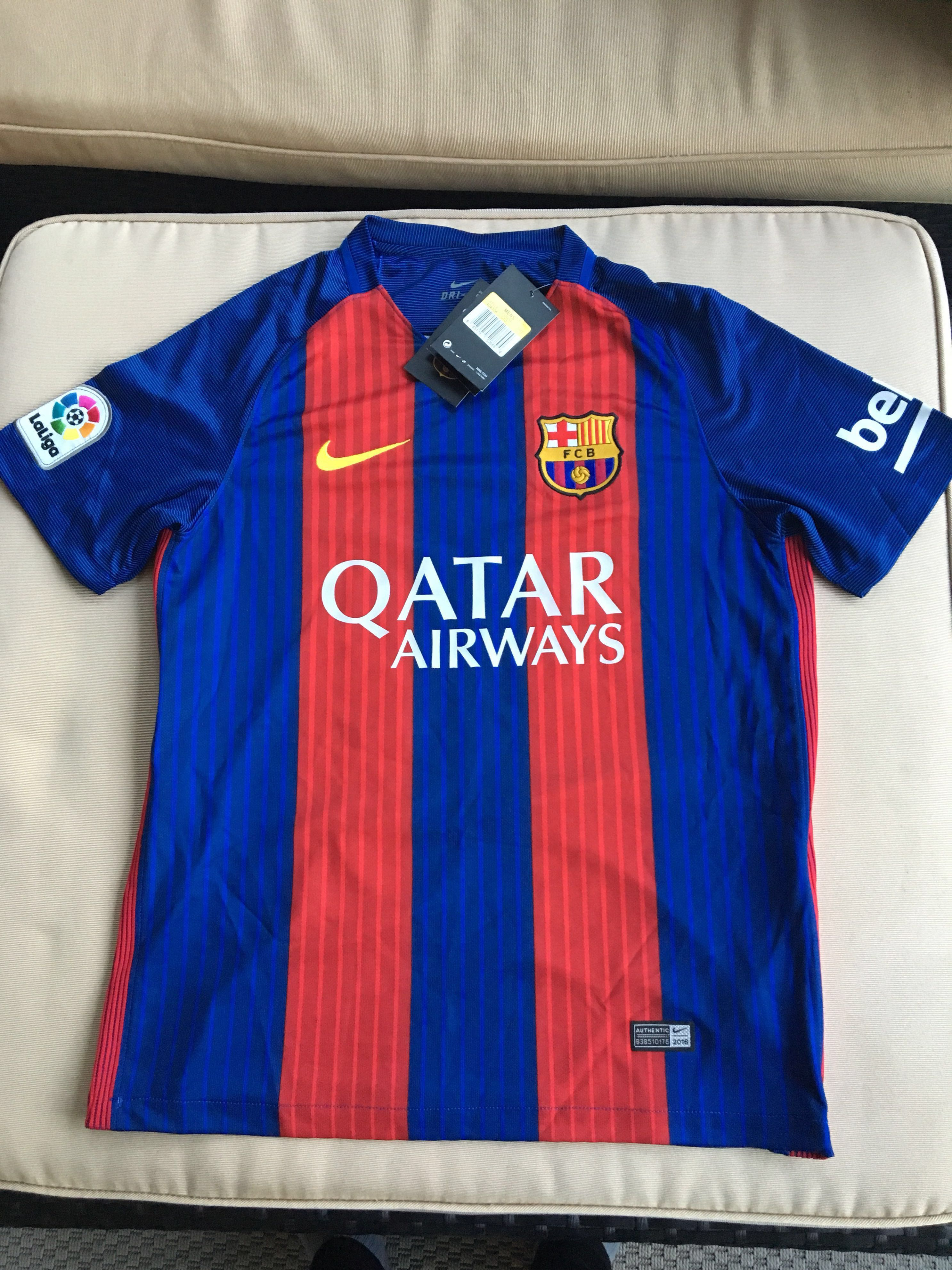 buy online 3bcbf fd2ed Barcelona Messi Sports Jersey