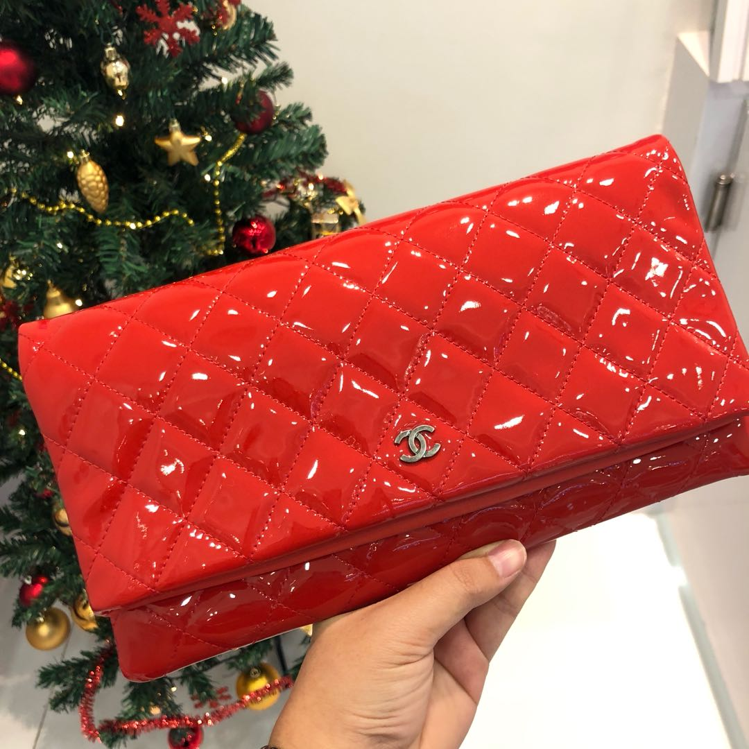 204848419221 ❤️Beautiful and Like New!❤ Chanel Foldever Clutch in Red Patent ...