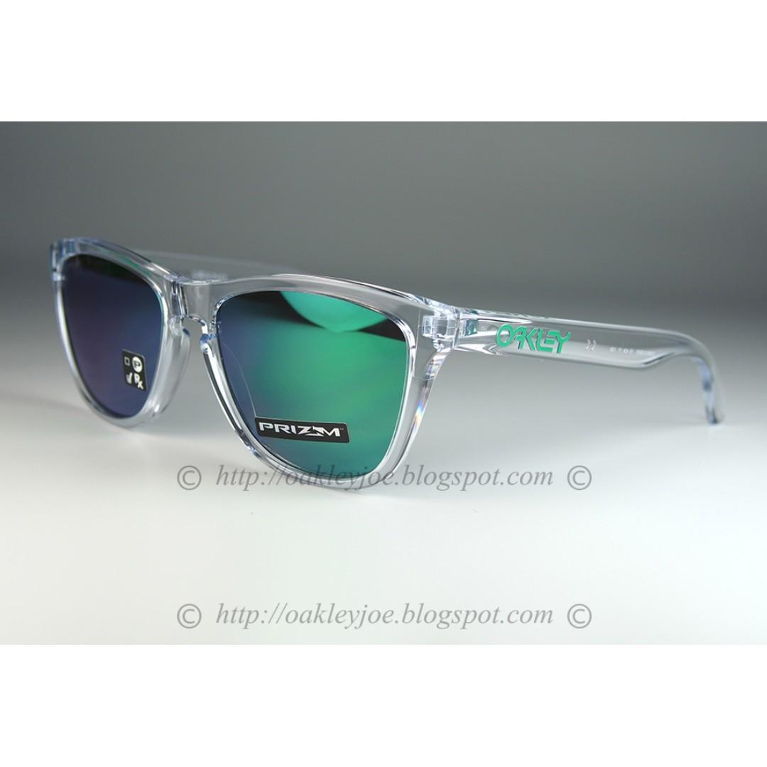dfce070df4 BNIB Oakley Frogskins crystal clear green icon + prizm jade lens ...