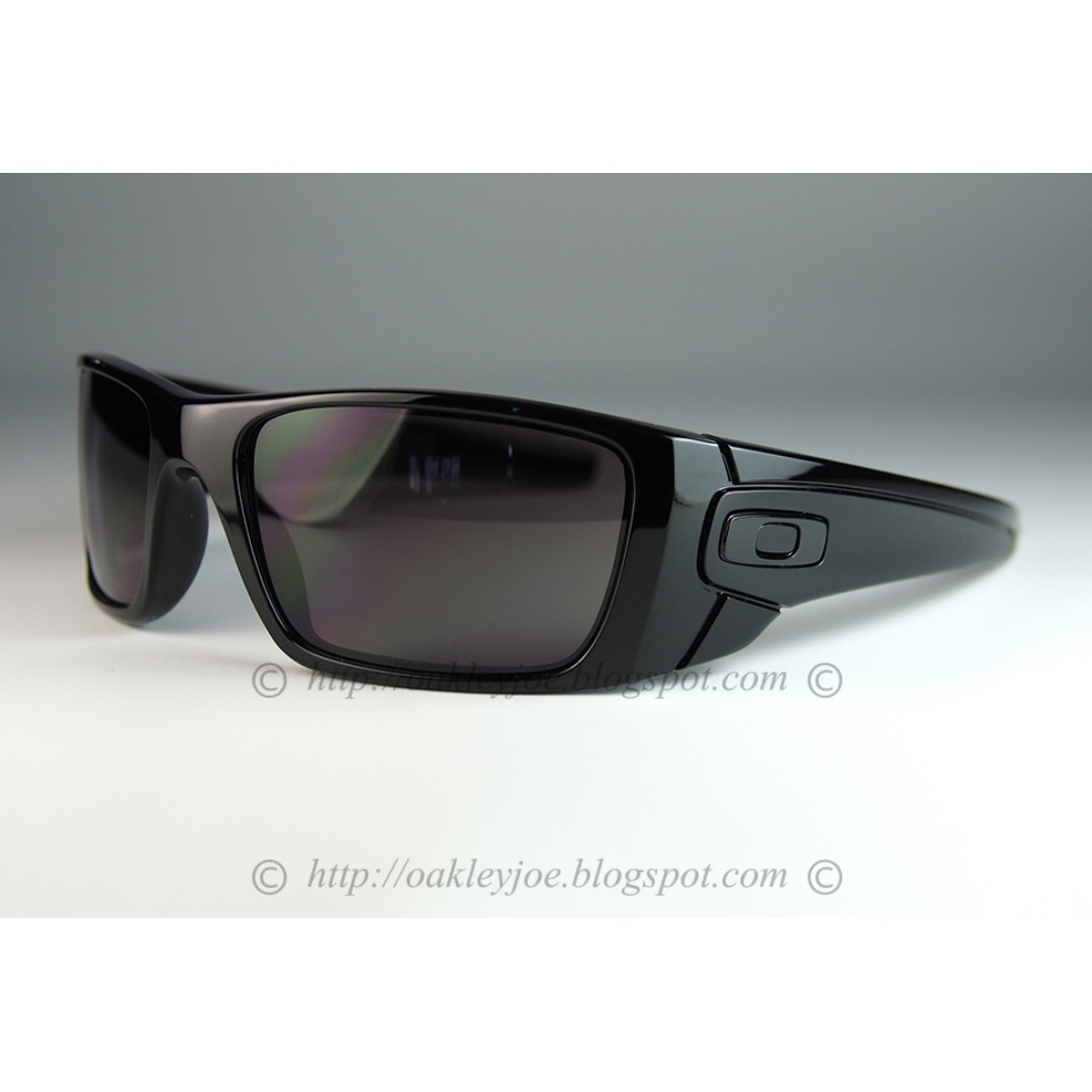 8e55901af602 BNIB Oakley Fuel Cell polished black + warm grey oo9096-01 sunglass ...