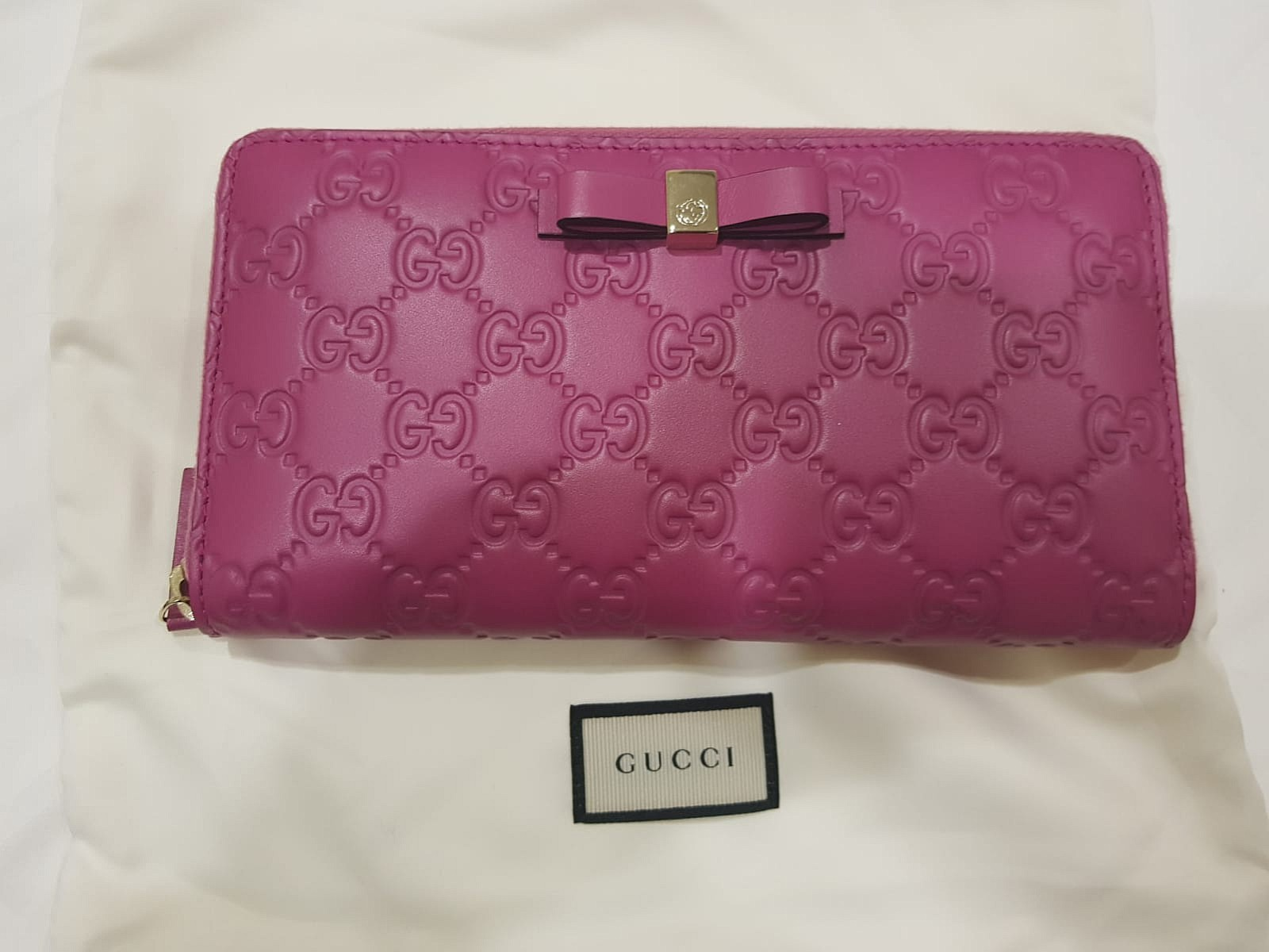 6261e50ab6ec9f SPECIAL OFFER! Gucci Pink Long Wallet (100% Authentic), Luxury, Bags ...