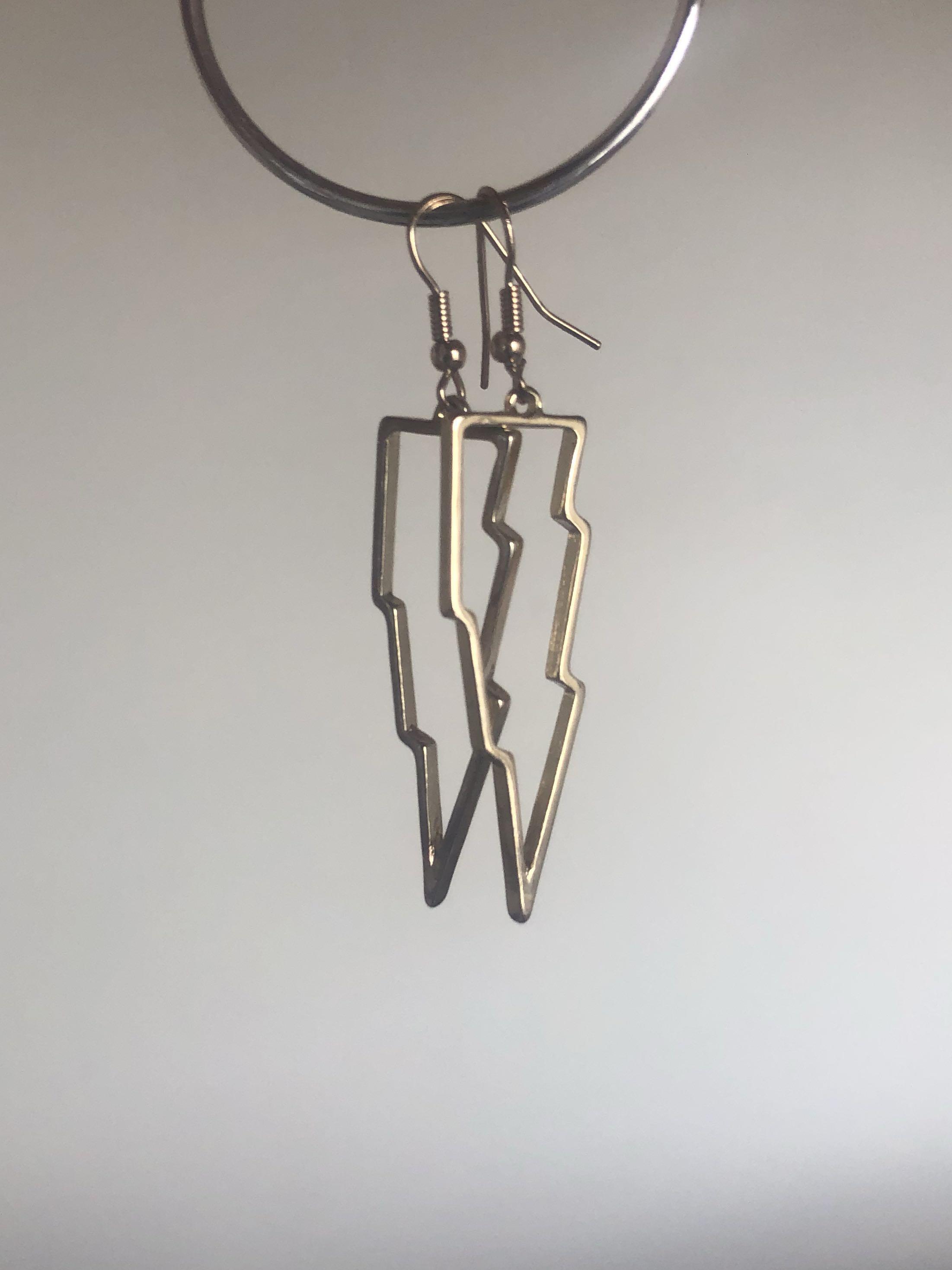 Lighting bolt earrings