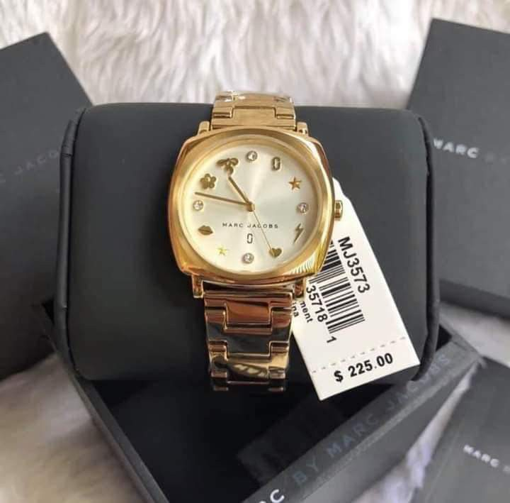 2e9e5c4493553 Marc Jacobs Watch, Women's Fashion, Watches on Carousell