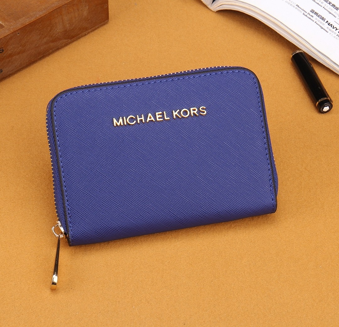 35577e818aeb Michael Kors Wallet MK Short Small Purse With Zip And Compartments Coin  Cards Card - Inspired, Luxury, Bags & Wallets, Wallets on Carousell