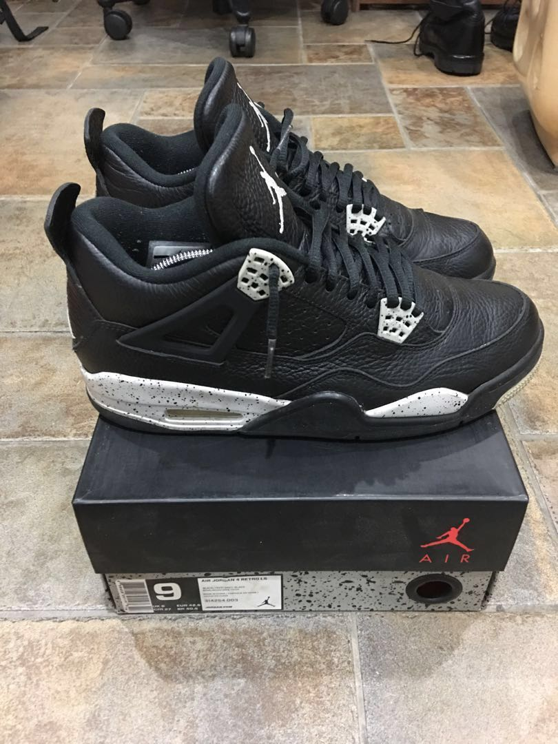 size 40 3c01d 348d9 Nike Air Jordan 4 Oreo, Men s Fashion, Footwear, Sneakers on Carousell