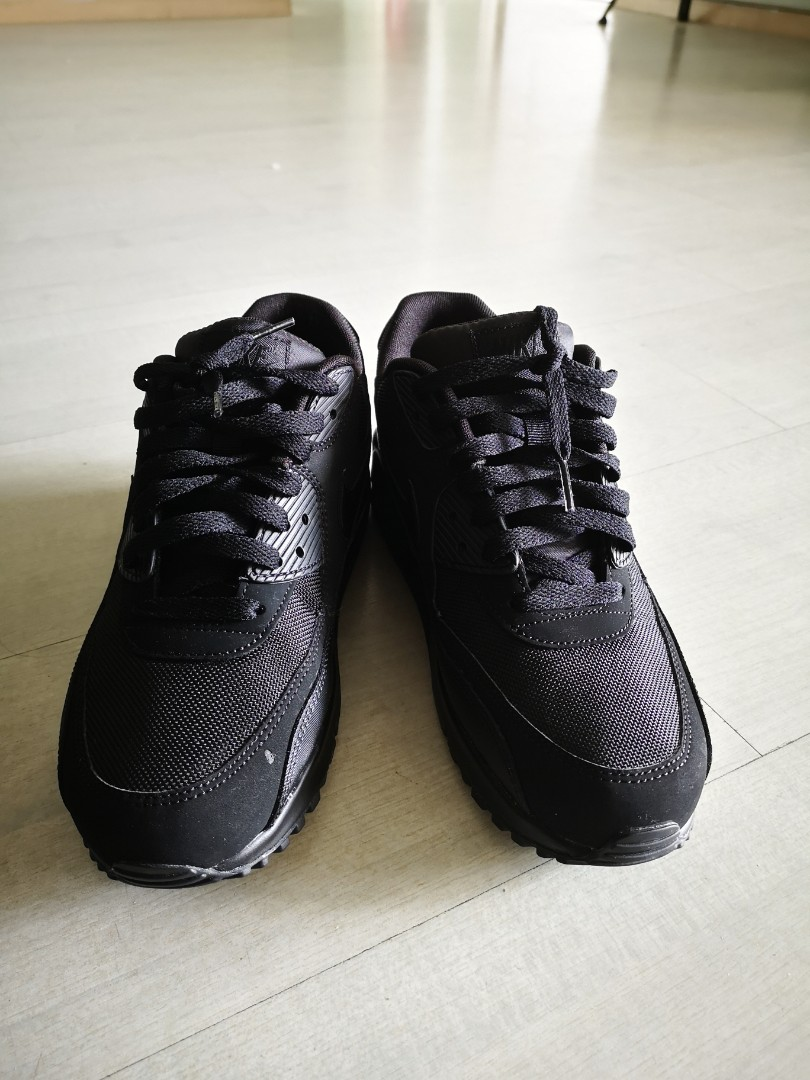 Nike Air Max 90 Triple Black 9574d9f4bb97