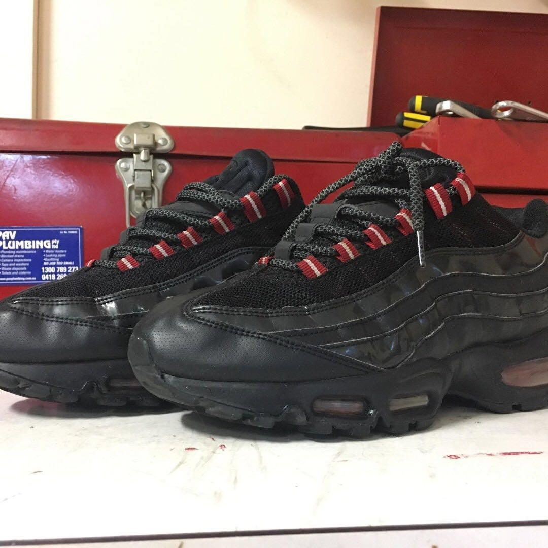 Nike Air Max 95 'Black Varsity Red' Patent leather ver. 2011 RARE Men's US9