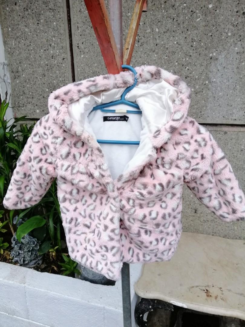 c832516f8f34 Winter coat 12-18 months