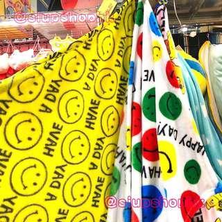 ⚠️最後❶條⚠️ 日本直送 哈哈笑 Smile Face Fleece Blanket 👉🏻全黃款 ⭕️L size⭕️