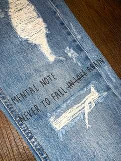 PULL&BEAR Mom Ripped Jeans with Text