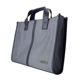 DON'T MISS!!!! Brand new Samsonite laptop bag.