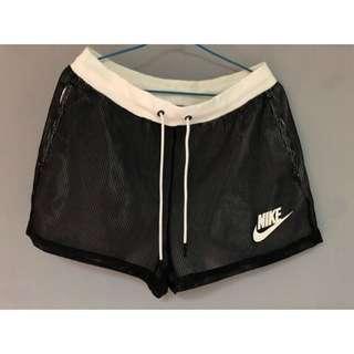 Nike 女運動短褲