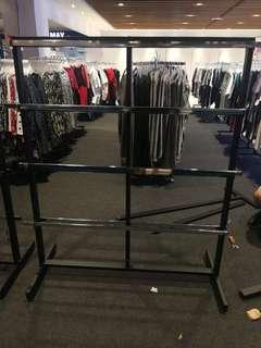 Rack for butik