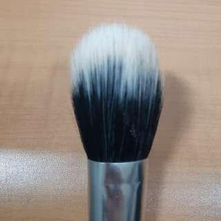 Real Techniques Duo Face Brush