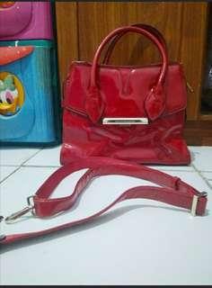Spesial tas merah yang cantik untuk natal #PrelovedWithLove