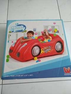 Splash and play red car design balloon