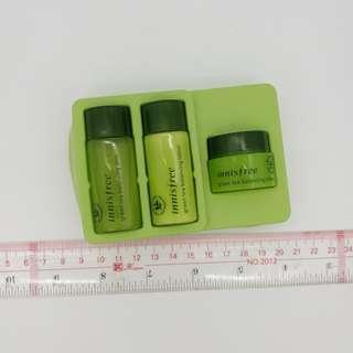 Innisfree green tea set