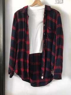 Plaid Botton Down l American Eagle Outfitters