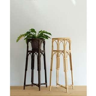 🚚 Rattan Plant stand
