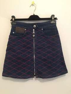 100% Authentic LouisVuitton denim skirt - size 34 FR (AUs 6)