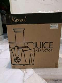 New Seal Box - Kenal Juicer 900ml Black (EX-362 Fruit and Vegetable Juice Extractors
