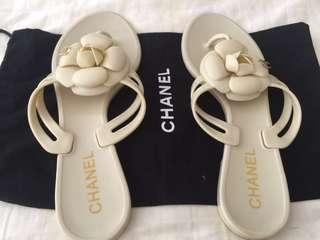 Authentic White Chanel Sandals size 38EU / 7AU