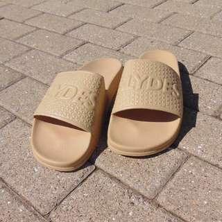 SLYDES shoes