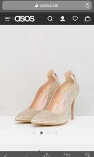 Gold glitter / shimmer heels