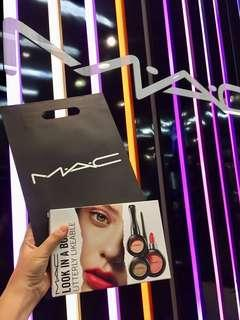 [NEW] 100% AUTHENTIC MAC LOOK IN A BOX UTTERLY LIKEABLE
