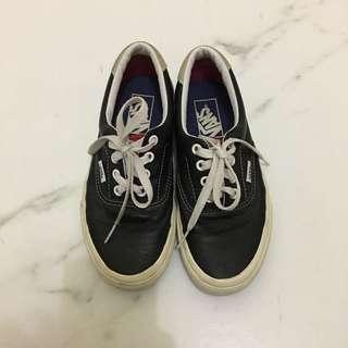 Vans Authentic Leather Black & White