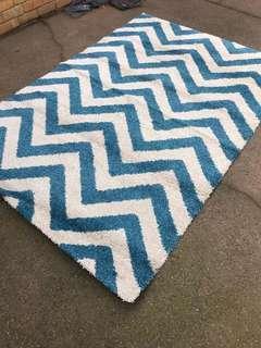 Chevron blue and cream rug