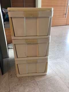 Chest of drawer (50x40x80) cm