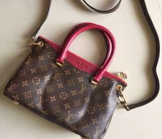Preloved LV Bag Authentic quality