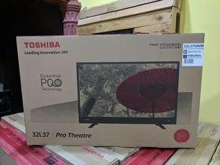 TOSHIBA 32 LED TV