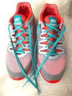 Nike Training Air Max Fusion Shoes - Authentic Sepatu Olahraga Nike