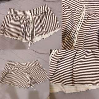 休閒線條短褲