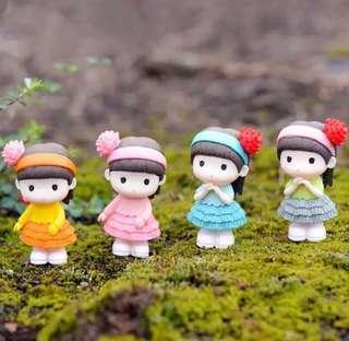 Terrarium Figurines / Terrarium Accessories / Terrarium Cute Little Girl / Miniature Girl / Miniature Figurines / Girl Figurine / Cake Topper / Cake Decor