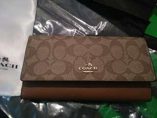 Coach trifold wAllet F53763