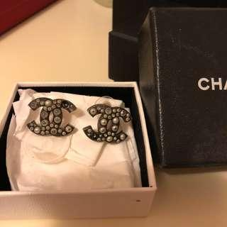 Chanel earrings 耳環♡