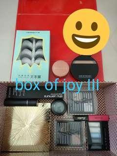 makeup (box of joy 3)