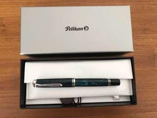 Pelikan m805 Ocean Swirl broad nib fountain pen