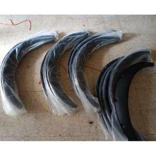Wheel Arch Fender Flare Material : PU (Wide section big)