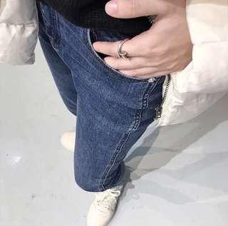 修身純色牛仔褲
