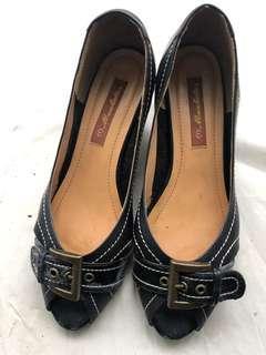 🚚 日系品牌 低跟涼鞋 24.5